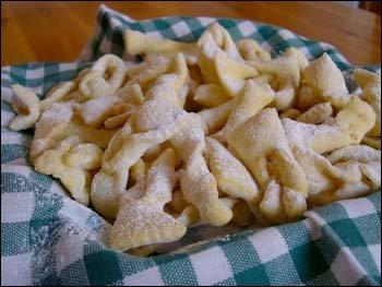Grostoli, dulces del norte de Italia