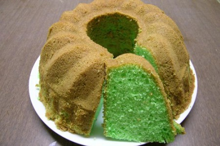 Pandan cake, Indonesia en color
