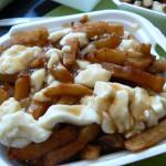 La poutine, creación de la cocina canadiense