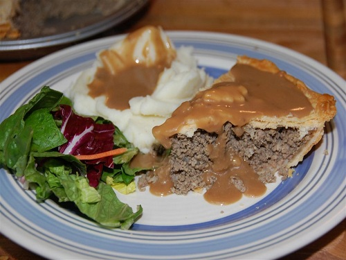 Tourtière, pastel de carne de Canadá