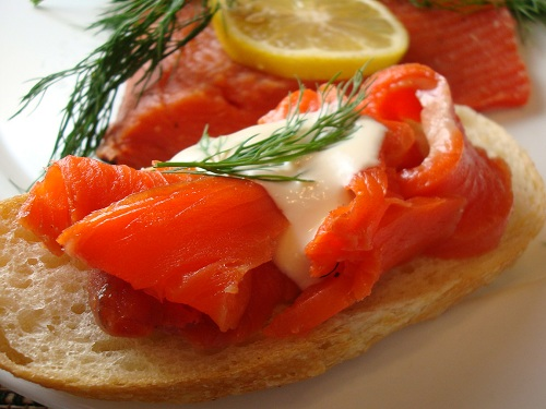 Gravlax, aperitivo en la gastronomia de Dinamarca