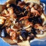 Cacciucco, plato italiano a base de pescado