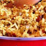 La mejadarra: un plato libanés a base de arroz