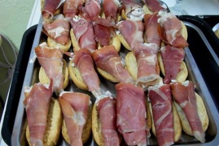 Cucuruchos de jamón, el placer de un aperitivo