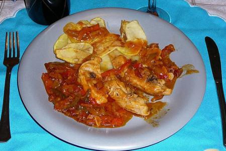 Pollo al chilindrón, sabrosa receta aragonesa