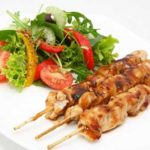 Pollo Satay, aperitivo típico de Indonesia y China